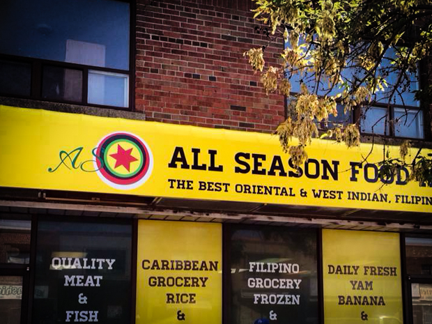 <strong>All Season Food Market<span><b>in</b>Awning </span></strong><i>→</i>