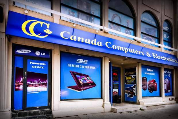 <strong>Canada Computers<span><b>view larger</b></span></strong><i>→</i>