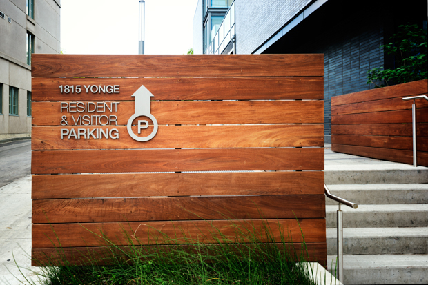 <strong>MYC<span><b>in</b>Architectural Signage </span></strong><i>→</i>