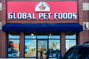 <strong>GLOBAL PET FOODS<span><b>in</b>Channel Letter </strong><i>→</i>