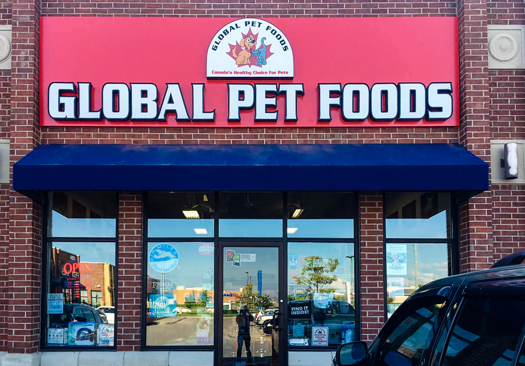 <strong>GLOBAL PET FOODS<span><b>in</b>Channel Letter </span></strong><i>→</i>