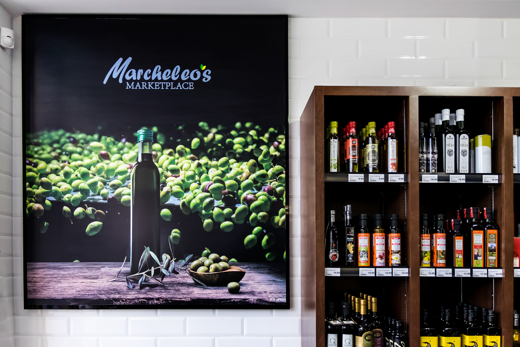 <strong>Marcheleo's Marketplace<span><b>view larger</b></span></strong><i>→</i>